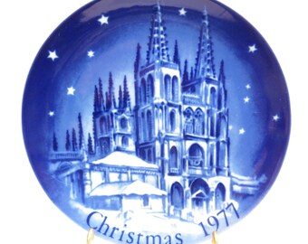 Cathedral of Saint Mary of Burgos Christmas 1977 Retsch Collector Plate Vintage 1970s Mongomery Ward Exclusive Collection Plate