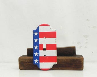 Vintage American Flag Single Light Switch Cover Plate Rustic Patriotic