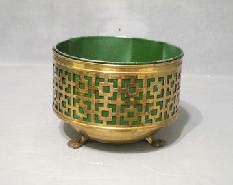 Vintage Brass Planter with Lion Claw Feet and Green Tin Insert / Cut Out Squares Mid Century Modern Round Metal Container Footed Pot Holder