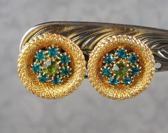 Vintage NOS Olive and Emerald Green Rhinestone Gold Tone Woven Round Clip on Earrings