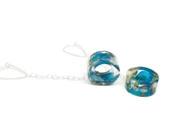 Lightweight Drop Earrings with Resin, Hydrangeas and Baby's Breath on Sterling Silver.  Dangle Chain Earrings.  Circle Drop Earrings.