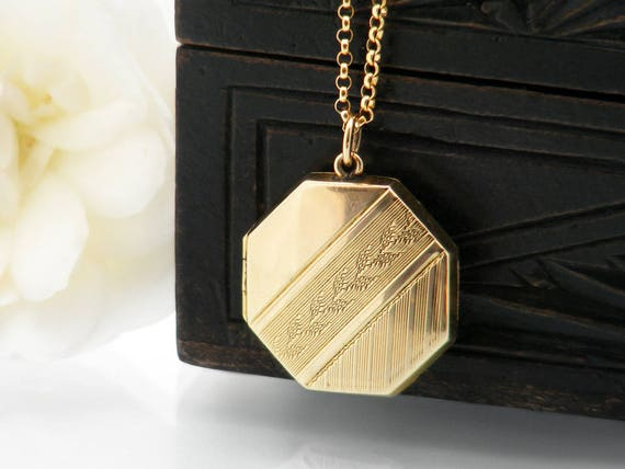 Antique Gold Locket | Art Deco Era Octagonal Locket | 9 carat Gold Front & Back Wedding Locket | Gold Octagonal Locket - 51cm Chain Included