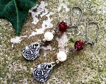 Briar Rose and Thorns Earrings Enchanted Fairytale by MinouBazaar