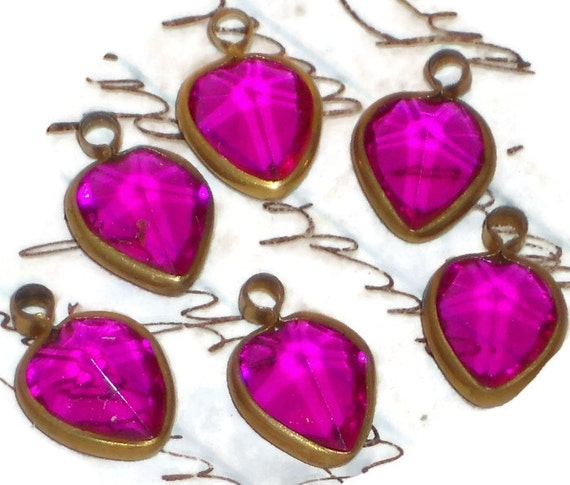 Vintage Heart Charms,vintage heart charms pink heart charms,vintage Connectors,Purple Hearts Old ONS Dangle Connector 3680