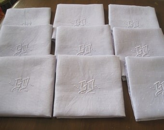 Set of 9 gorgeous French dinner napkins, beautiful lavender linen damask.  Banquet, Christmas, serviettes