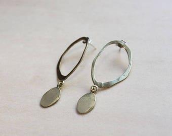 Stacked Ovals Earrings (brass)