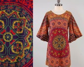 Vintage 70s Indian cotton mini dress with BELL sleeves / Batik block print / Bohemian tapestry dress