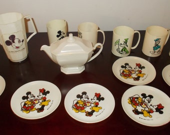 Mickey Mouse Dishes Vintage Plastic Toy Dishes Mickey Minnie Donald Goofy