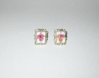 Vintage 1950s Earrings / 50s Lucite Reverse Carved Orchid Flower Earrings in Lavender & Yellow