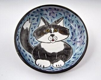 Grey Tabby Cat Ceramic Feeding Dish - Shallow Bowl - Clay Pet Dish - Pottery Majolica Handmade Blue - Cat Dish - Portrait Cat Feeding Bowl