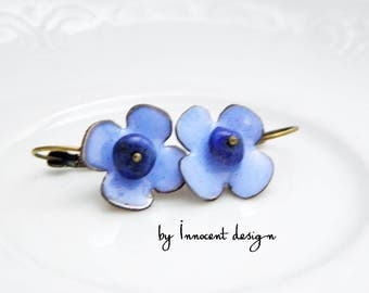 Cornflower- enamel earrings - flower - burgundy-rose
