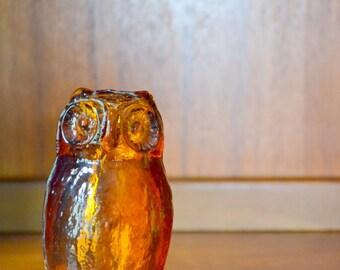 vintage midcentury modern amber glass owl figurine / modern owl bird / retro rustic home