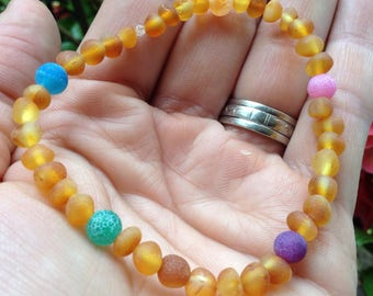 Stretchy Baltic Amber and Rainbow Agate bracelet - grounding - process & release anger - natural pain relief