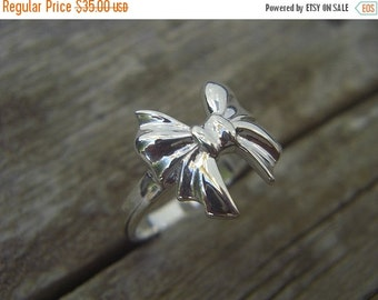 ON SALE Bow ring in sterling silver