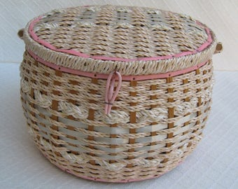Vintage Pink Wicker Sewing Basket, 1960s