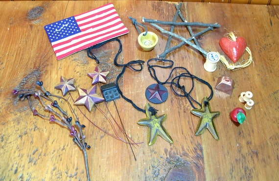 Country crafts grab bag assortment miniatures bits and for Craft bits and pieces