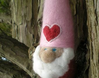 Needlefelted Valentine Gnome