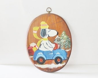 50% half off sale // Vintage 80s Hand Painted Snoopy Christmas Wall Hanging - Rustic - Wood