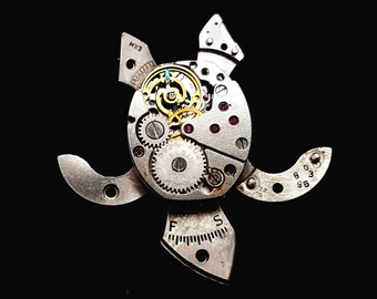 Tiny Steampunk Turtle (Animal Brooch or Pendant)