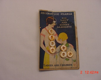 7 Vintage Decorative Pearl Glass Buttons  17 - 29