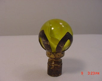 Vintage Yellow Swirl Glass Marble Lamp Finial  17 - 106