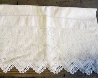 Vintage Pillow Case Exquisite Crochet Lace