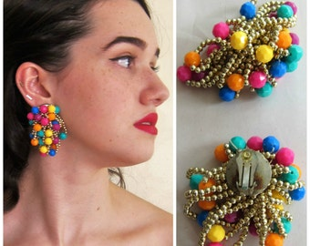 Vintage 1960s Oversized Earrings in Multicolored Strand Clips / 60s Neon Confetti Cage Mod Clip On Earrings