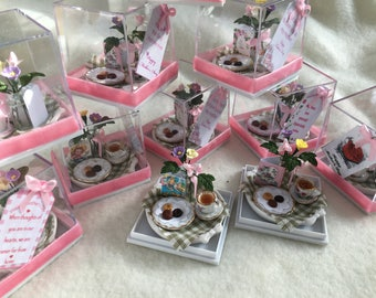 Dolls House Luxury Dressed 1/12th Mothers Day Tray in Gift Box - NEW SPRING 2017