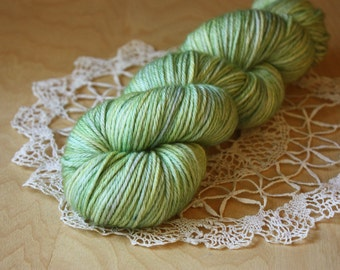 Hand Dyed Worsted Weight Yarn / Pale Pistachio Mint Golden Amber / Citrine / Superwash Merino Wool / ready to ship