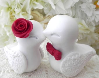 Love Birds Wedding Cake Topper, White and Red, Bride and Groom Keepsake, Fully Customizable