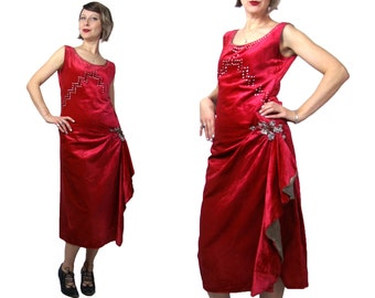 1920s Red Panne Velvet Dress with Red and Crystal Rhinestones and Gold Lamé Lined Flounce