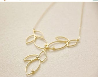 Mothers Day SALE Gold Modern Three Leaves Y Shaped Bib Necklace- 14K Gold Filled Chain, Nature Inspired, Dainty Feminine, Botanical Designs,