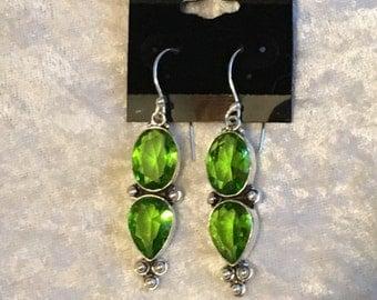 Peridot Earrings, Dangle Earrings, Birthstone Earrings, Green Earrings, Gift for Her, Natural Peridot, Sterling Silver, Peridot Jewelry
