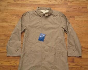deadstock vintage Eddie Bauer rain jacket