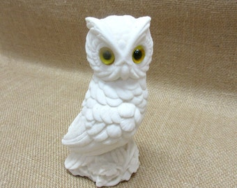 Vintage White Alabaster Horned Owl Figurine Made in Italy