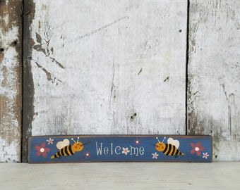 Primitive Spring Decor Bee Sign Painted