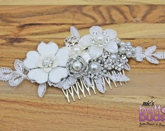 Bridal hairpiece - Sparkling ivory, pearl and brooch, the perfect wedding accessory!