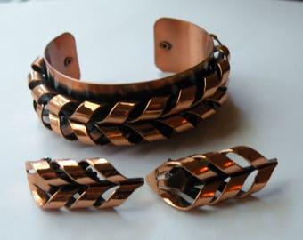 """Renoir """"Flame"""" copper cuff bracelet, clip-on earrings. Set."""