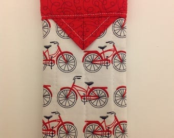 """Eyeglass Case Quilted Snap Red Bicycle 3"""" X 6-1/4"""""""