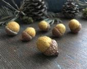 Felted acorns, set of 6, Amber Heather, yellow wool acorns, yellow waldorf acorns, autumn home decor, harvest decoration, acorn theme decor
