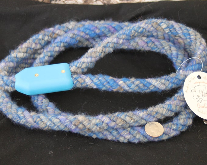 Dog Leash- Handcrafted- Alpaca-Wool and other natural Fibers - DL-03