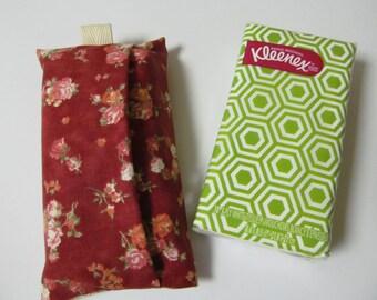 Tissue Case/Rose On Dark Red