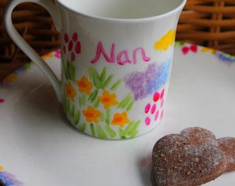 Nan mug and tray gift set hand painted meadow flowers