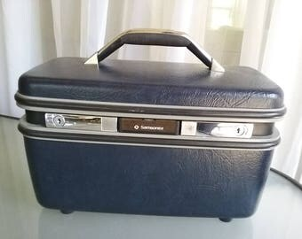 Samosite Train Case, Cosmetics Case, Vintage Luggage, Navy Blue Hard Case, Storage, Travel, Vacation, Mirror and Tray, Key Included