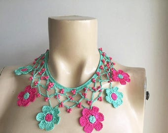 Mint and Fuchsia  Necklace-Crochet Necklace-Turkish Oya necklace- Flower Necklace-Daisy Necklace-Beaded Necklace