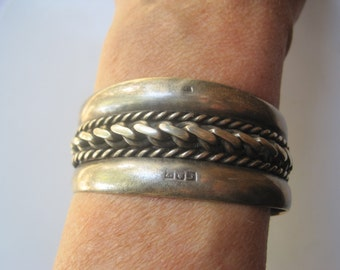 Vintage Palestinian Bedouin Silver Twisted Cable Bracelet from the 1950s