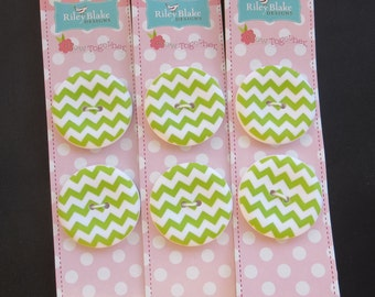 "Riley Blake Sew Together 1.5 "" Matte Round Chevron Buttons - Lime"