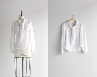 Vintage Poet Sleeve Blouse . 60s 1960s Womens Shirt . White Neck Tie Blouse