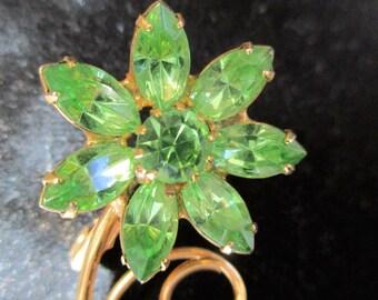 Vintage Green Rhinestone flower brooch