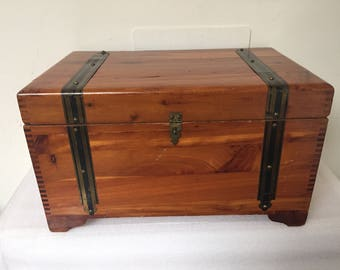 Cedar Wood Box for Storage Jewelry Treasures
